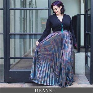 LuLaRoe Elegant DeAnne Full Wrap Tie Dress